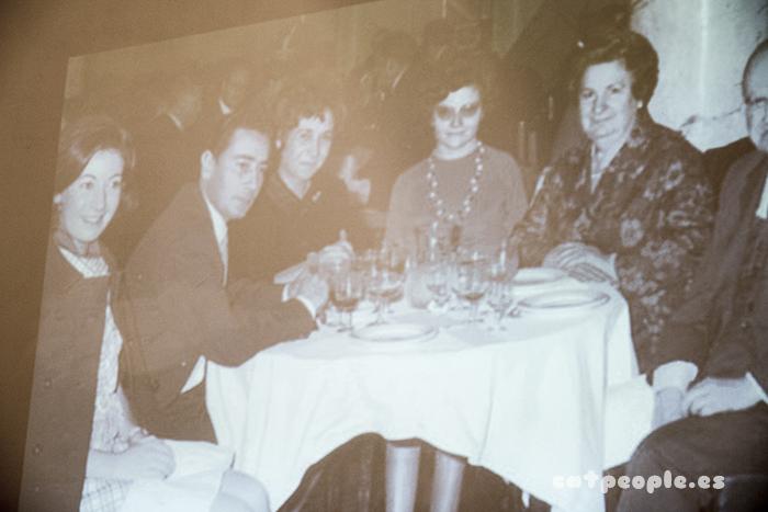 Fotos proyectadas de la vida de Mary Paz